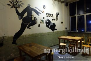 Foto 9 - Interior di Coffee Smith oleh Darsehsri Handayani