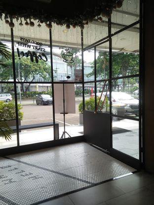 Foto 3 - Interior di Phos Coffee oleh Herina Yunita