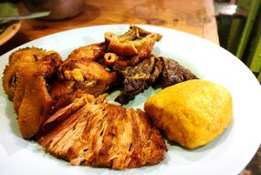 Foto Nasi Uduk Ayam Goreng Babe H. Salman
