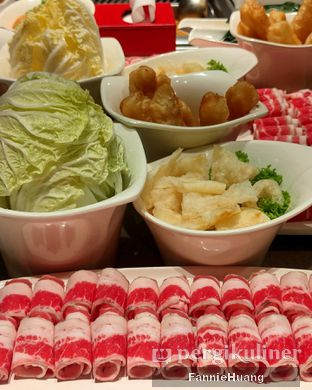 Foto 1 - Makanan di Haidilao Hot Pot oleh Fannie Huang  @fannie599