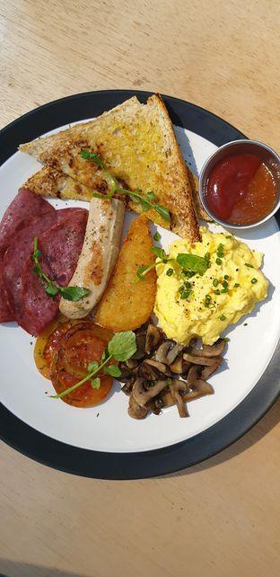 Foto - Makanan(Full Breakky! ) di Threelogy Coffee oleh Henny Adriani