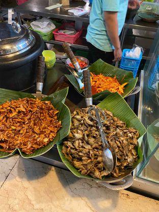 Foto 16 - Makanan di Alas Daun oleh Riani Rin