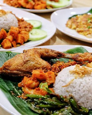 Foto 1 - Makanan di Singapore Koo Kee oleh @anakicipicip
