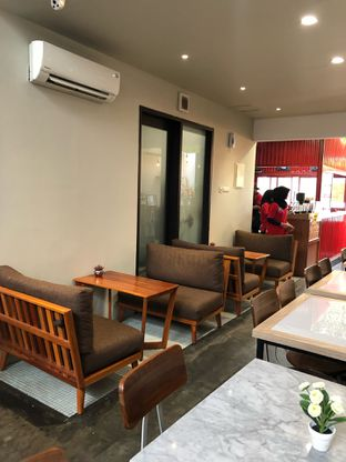 Foto 8 - Interior di Kedai Kokoho oleh feedthecat