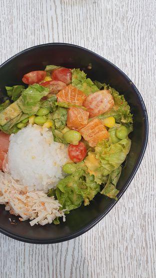 Foto 1 - Makanan di Spinfish Poke House oleh Naomi Suryabudhi