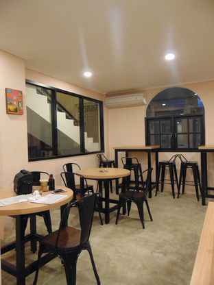 Foto 6 - Interior di Maison De La Sol Coffee and Culture oleh Kuliner Addict Bandung