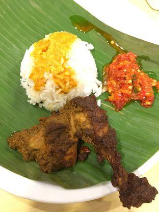 Foto 1 - Makanan(Ayam Rendang) di Kedai Sutan Mangkuto oleh Jeljel