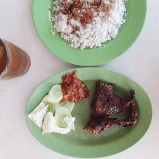 Foto review Ayam Goreng Tiga Rasa oleh Julia Sonatha 1