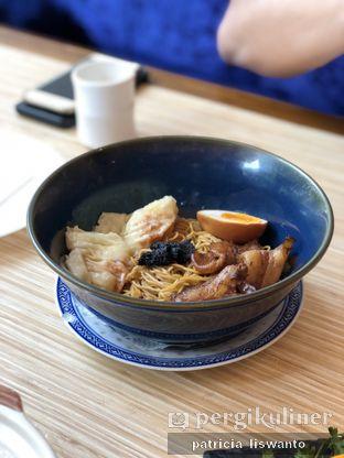 Foto 2 - Makanan(pork truffle noodle) di Wan Treasures oleh Patsyy