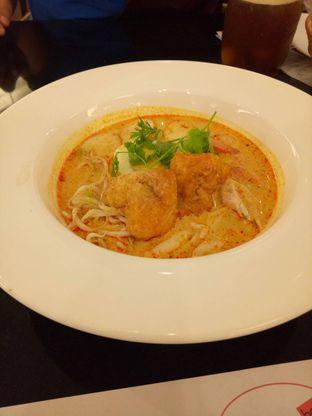 Foto 1 - Makanan di Chatter Box oleh Namira
