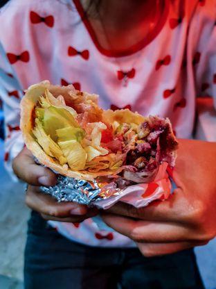 Foto 3 - Makanan(Cranberry x Chicken Wrap) di Street Kings oleh Adhy Musaad