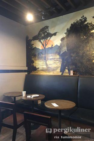 Foto review Starbucks Coffee oleh Ria Tumimomor IG: @riamrt 4