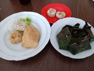 Foto 5 - Makanan di Pempek Tjik Wan 96 oleh Jocelin Muliawan