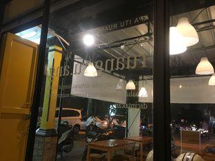 Foto 3 - Eksterior di Ruang Eatery & Coffee oleh Prido ZH