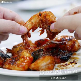 Foto 5 - Makanan(Udang Pancet Bakar Madu) di Pawon Seafood Mas Cahyo CO oleh Miss NomNom