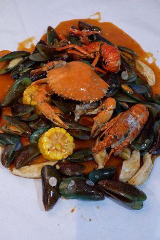 Foto 7 - Makanan di Perang Kerang - Barbarian Seafood House Restaurant oleh yudistira ishak abrar