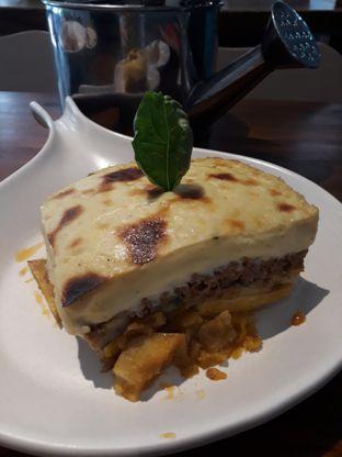 Foto 2 - Makanan(Mama moussaka) di HaloNiko! oleh Niesahandayani