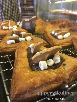 Foto 3 - Makanan di Tous Les Jours oleh Rinia Ranada