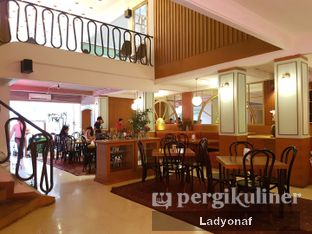 Foto 2 - Interior di Please Please Please oleh Ladyonaf @placetogoandeat