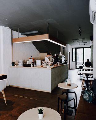 Foto 5 - Interior di Nara Coffee oleh Della Ayu