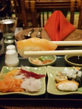 Foto - Makanan di Kizahashi Restaurant - Bumi Surabaya City Resort oleh Amrinayu