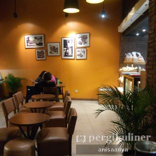 Foto 5 - Interior di Daily Bread Bakery Cafe oleh Anisa Adya
