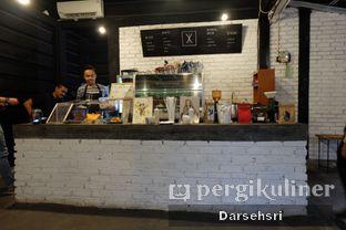 Foto 5 - Interior di Klasik Coffee oleh Darsehsri Handayani