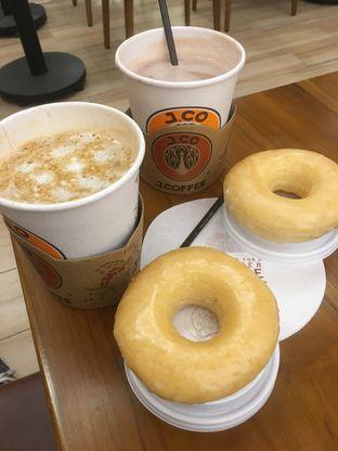 Foto 15 - Makanan di J.CO Donuts & Coffee oleh Prido ZH