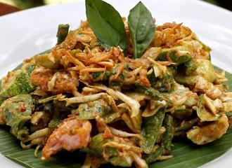 Lotek: Salad Khas Sunda Yang Sudah Ada Sebelum Tren Makanan Vegetarian
