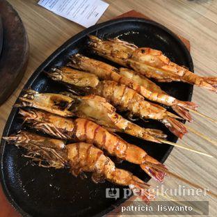 Foto 1 - Makanan(Udang Bakar Madu) di Talaga Sampireun oleh Patsyy