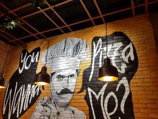 Foto 6 - Interior di Pizzapedia oleh Threesiana Dheriyani