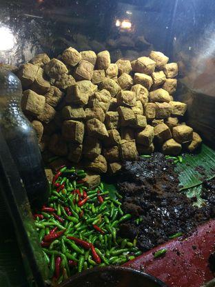Foto 1 - Makanan di Tahu Gejrot Bang Jack oleh Aghni Ulma Saudi