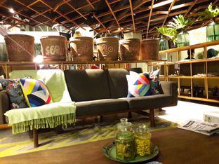 Foto 2 - Interior di Waha Kitchen - Kosenda Hotel oleh Reviera