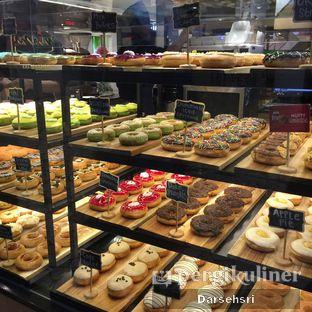 Foto 5 - Interior di Krispy Kreme oleh Darsehsri Handayani