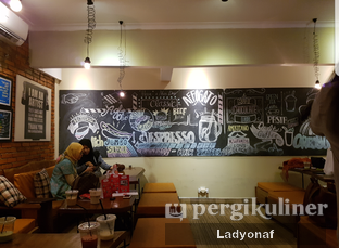 Foto 14 - Interior di Bulaf Cafe oleh Ladyonaf @placetogoandeat