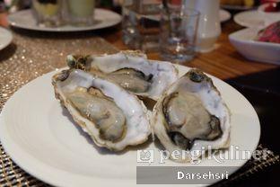 Foto 4 - Makanan di The Cafe - Hotel Mulia oleh Darsehsri Handayani