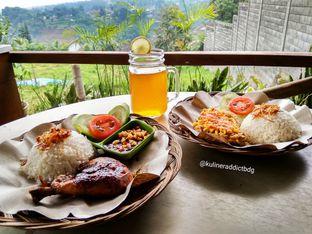Foto 2 - Makanan di D'secret Lesehan Emak oleh doyan kopi