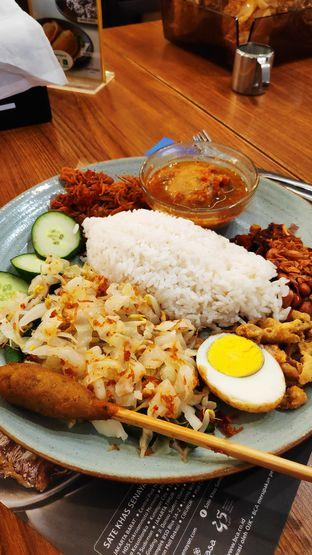 Foto 1 - Makanan(Nasi Bali) di Sate Khas Senayan oleh Dyan Nitasari