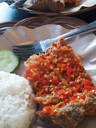 Ragam Resto Foto Makanan Ayam Geprek