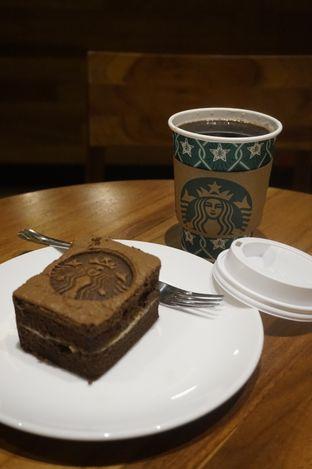 Foto 10 - Makanan di Starbucks Coffee oleh yudistira ishak abrar