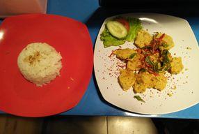 Foto Seabook Makan Ikan
