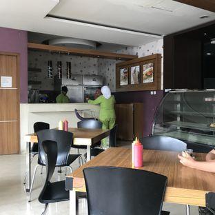 Foto 4 - Interior di Permata Cafe oleh Della Ayu