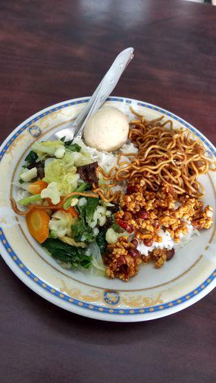 Foto 1 - Makanan di Goyang Lidah oleh YSfoodspottings