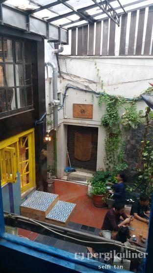 Foto 3 - Interior di Giyanti Coffee Roastery oleh Selfi Tan