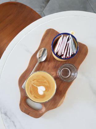 Foto 1 - Makanan di Aps3 Social Hub - Kampi Hotel oleh Amrinayu