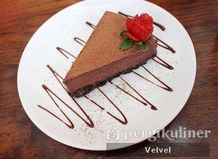 Foto 6 - Makanan(Choco Lindt) di Amigos Bar & Cantina oleh Velvel