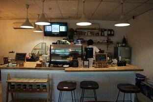 Foto 6 - Interior di Homepage Coffee Brewers oleh Laura Fransiska