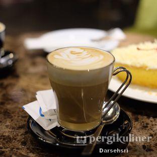 Foto review Piccolo Coffee Lounge oleh Darsehsri Handayani 4