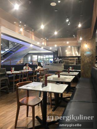 Foto 3 - Interior di Pizza Marzano oleh Hungry Mommy