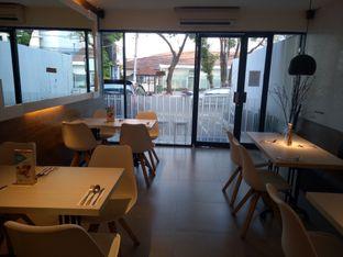 Foto 3 - Interior di Fish & Chips House oleh Namira